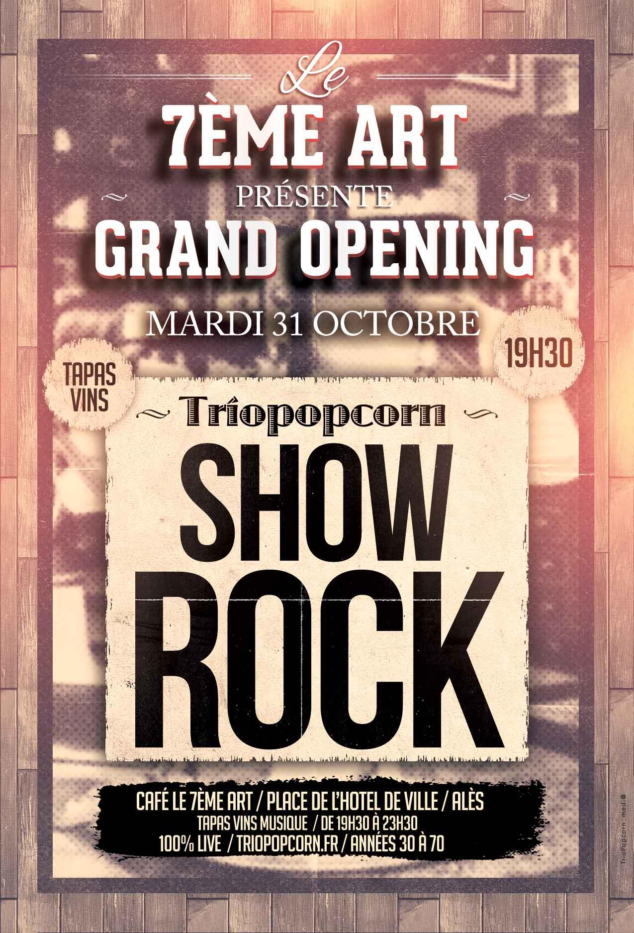 concert à l'hôtel de ville d'alès sur la place de la mairie d'Alès avec le groupe de rock triopopcorn